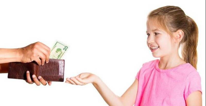 Mơ thấy có người đưa tiền cho mình