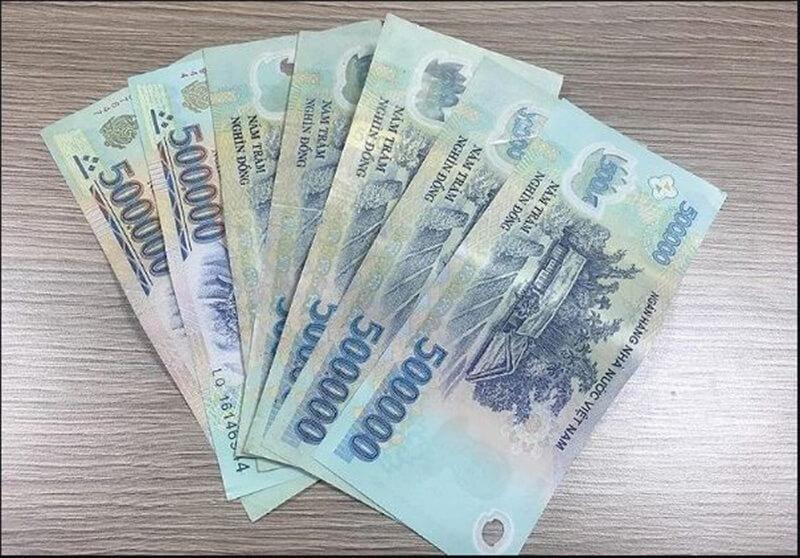 Mơ thấy tiền 500