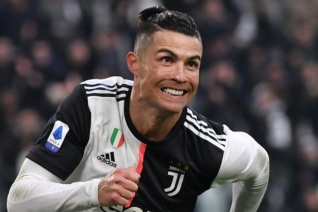 Sự nghiệp và Những danh hiệu cao quý mà cầu thủ Cristiano Ronaldo đạt được ở tuổi 35