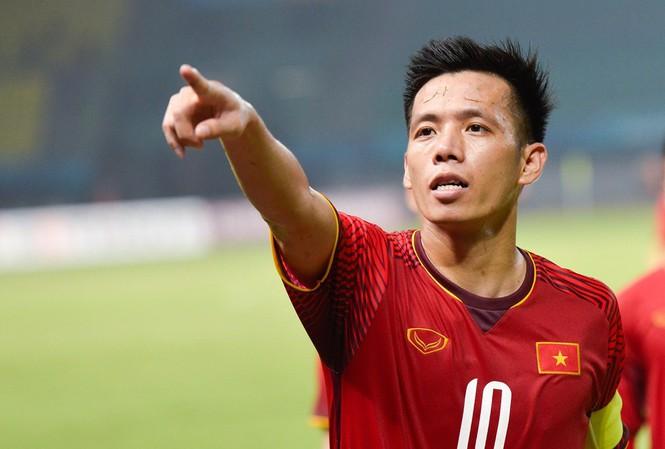 Thông tin cầu thủ Nguyễn Văn Quyết